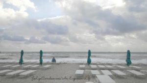 beach-chairs-jolyncornelsen-com-an-expansive-life